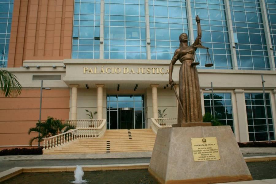 PGR nega que esteja a investigar Universidade Jean Piaget