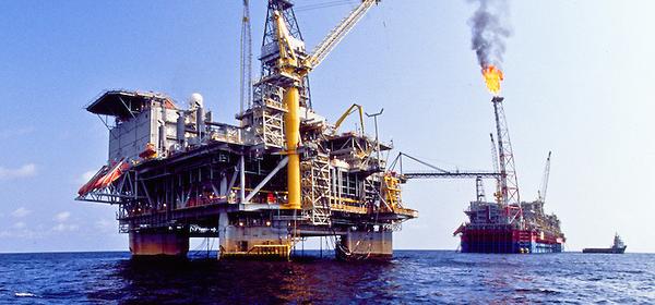 Exportação de petróleo em Angola recua para níveis de 2004