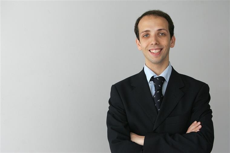 João Lemos Esteves, professor de Direito e político do PSD