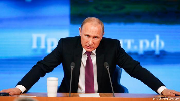 "II Guerra Mundial: Putin adverte sobre ""planos agressivos"""