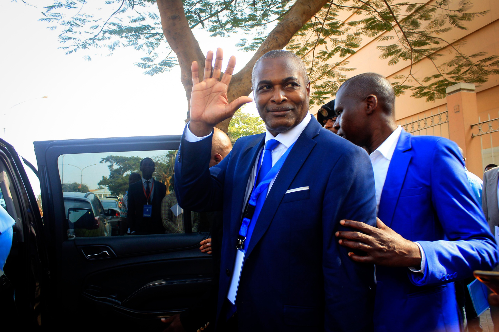 PRA-JA desmente informações de que Chivukuvuku abandonou a «Tripartida»