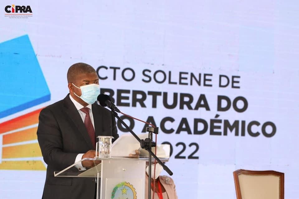 Presidente Da República reconhece escassez de Docentes e Funcionários Administrativos no Ensino Superior
